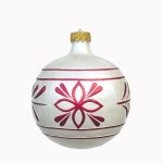 CHRISTMAS DÉCOR BALL WHITE W/ RED TRIM 1