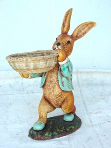 RABBIT MALE WALKING WITH RATTAN TRAY 1
