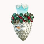 SNOWMAN ON PINECONE 1