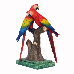 SCARLET MACAW LOVER 1